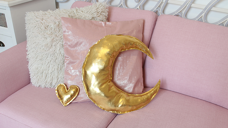 gold pillow moon by tiboudnez , tutorial diy